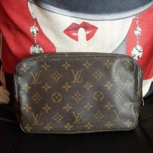Authentic Louis Vuitton Trousse 23 bag pouch